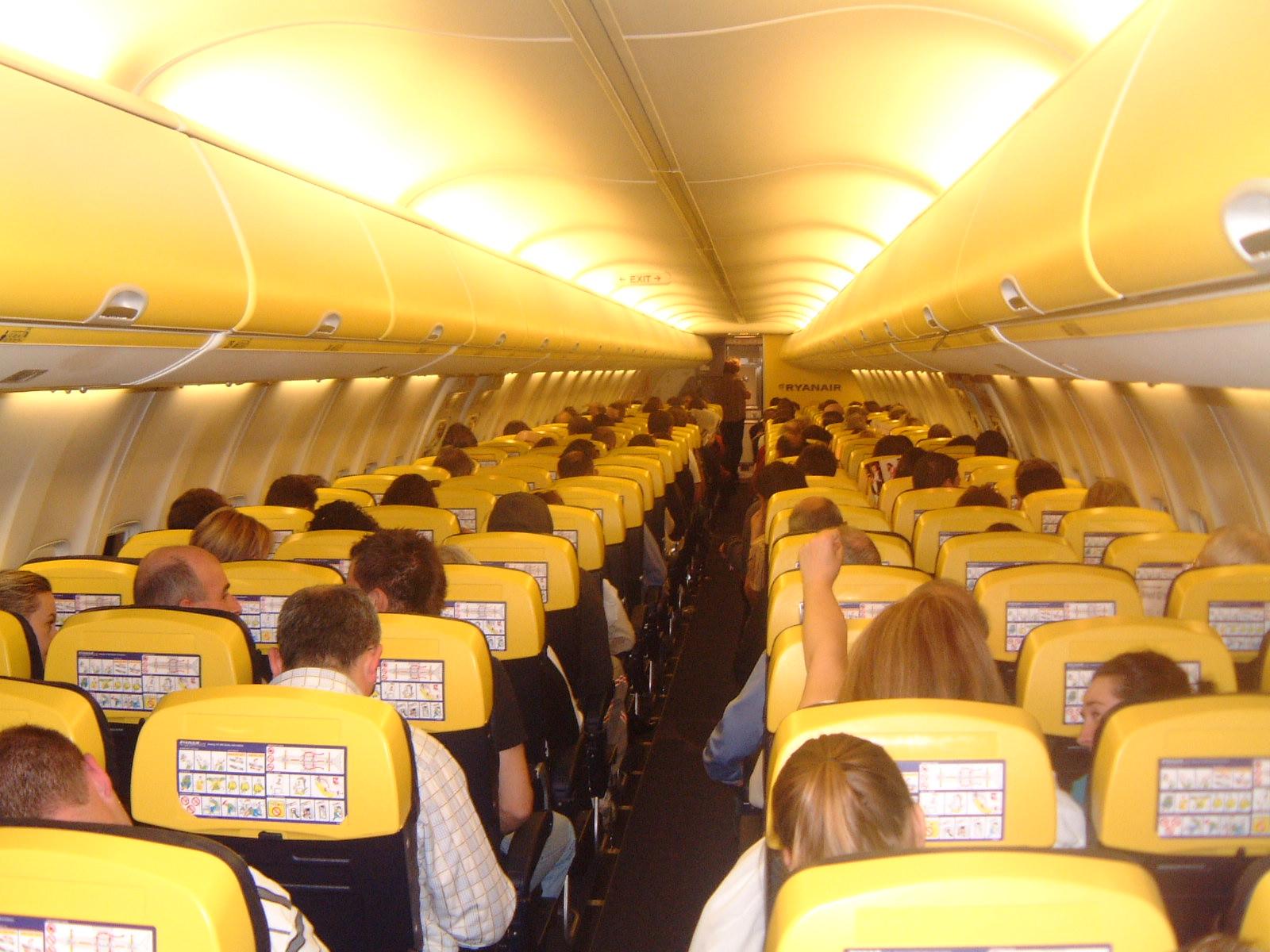 Сколько стоит билет на самолет москва аликанте университет